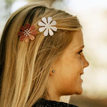 Flower spænde i rosa med glitter