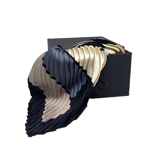 Plisseret silketørklæde ivory, grå og rosa