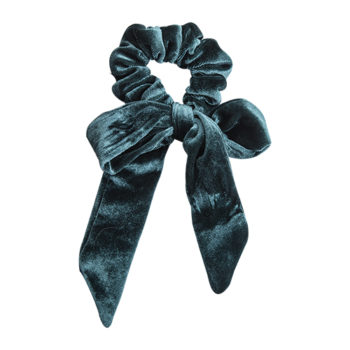 scrunchie med lange haler i ocean blå velour