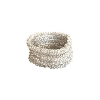 Nepal armbånd i hvid med sølv skær