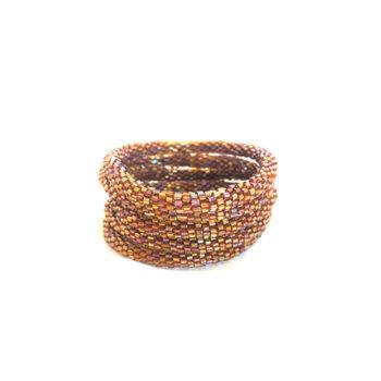 Napal armbånd i firkantet bronze perler med et rosa skær