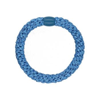 produktbillede af glitter hårelastik i himmel blå med blå plast perle