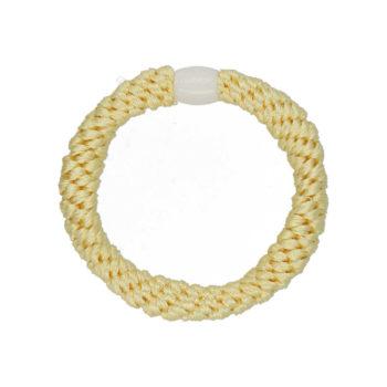 Produkt Billede af flettet hårelastik i pastel gul med hvid perle