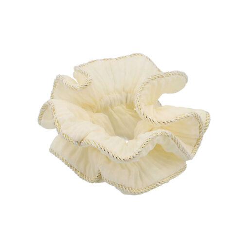 Lilje Scrunchie i råhvid med guldkant
