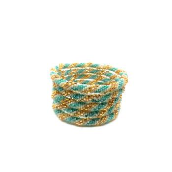 Produktbillede af Nepal armbånd nr. 733 i blå, hvid og guld.