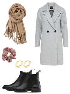 efterårs outfit nr. 1 - med klassisk grå frakke, beige aura halstørklæde, rosa ternet scrunchie og maggie hoops øreringe