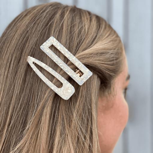 siv og silja hårklemme i råhvid