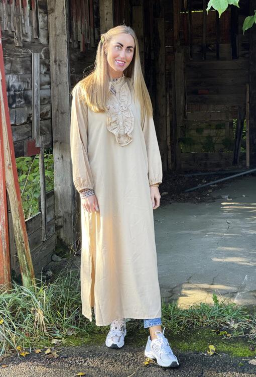 Sille kjole – Silke Beige